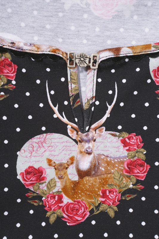 Country Line Costume Shirt With Decorative Brooch