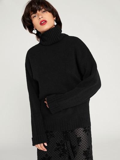 EDITED Trui 'Lou' in de kleur Zwart, Modelweergave