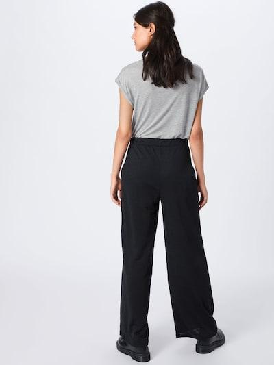 Pantaloni 'Maxie Trousers' ABOUT YOU pe negru: Privire spate