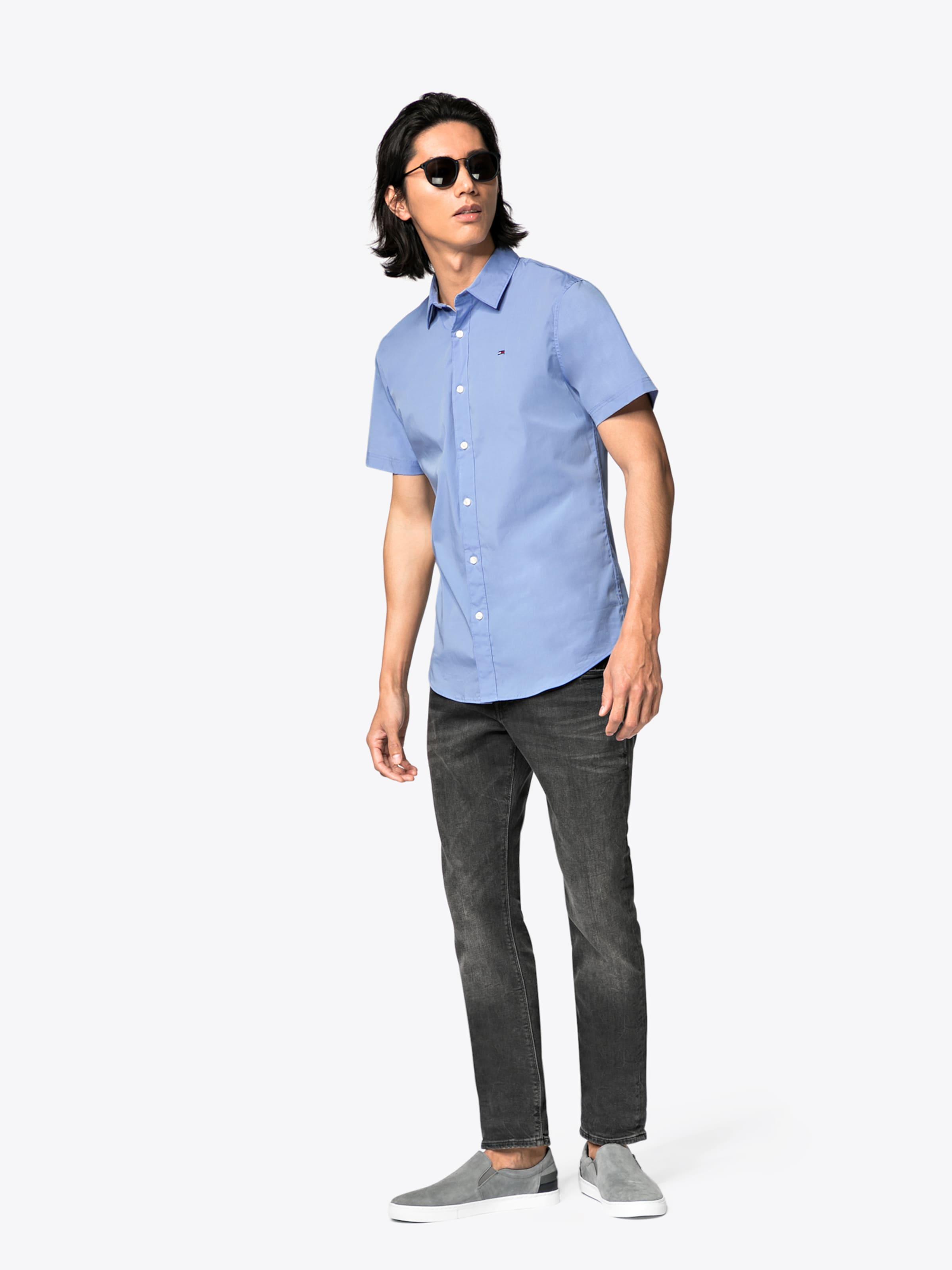 Tommy Jeans Hemd 'TJM ESSENTIAL STRETCH SHIRT' Niedriger Preis Versandkosten Für Online-Verkauf W75QVrye