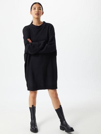 Wemoto Sweatkleid 'ZOE' in schwarz, Modelansicht