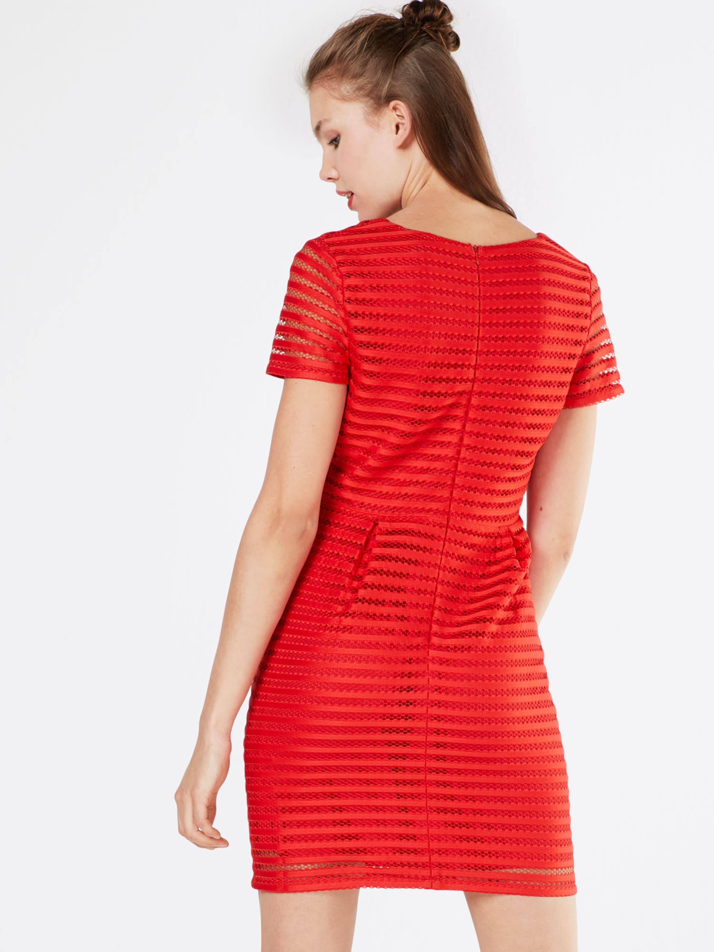 Kleid Pannelled' Boohoo In Rot 'lace n8X0NkOPw