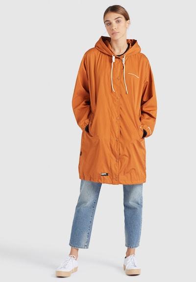 khujo Mantel ' ALEKONA ' in orange, Modelansicht