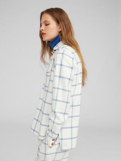 EDITED Bluse 'Vianna' in blau / weiß, Modelansicht