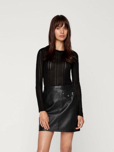 EDITED Langarmshirt 'Katja' in schwarz, Modelansicht