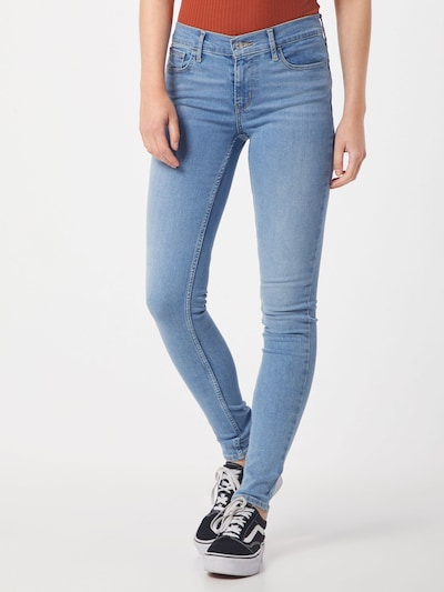 LEVI'S Jeans '710 INNOVATION SUPER SKINNY' in de kleur Blauw denim, Modelweergave