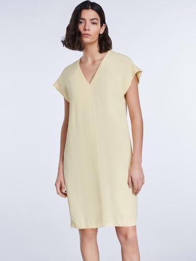 SET Kleid in gelb, Modelansicht