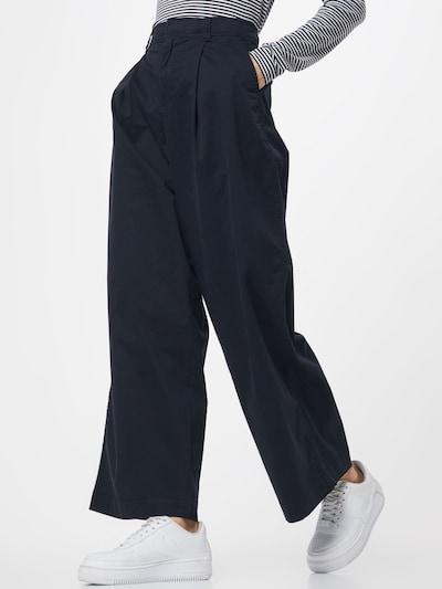 GAP Kalhoty se sklady v pase - černá: Pohled zepředu