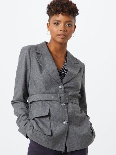 NA-KD Blazer in grau, Modelansicht