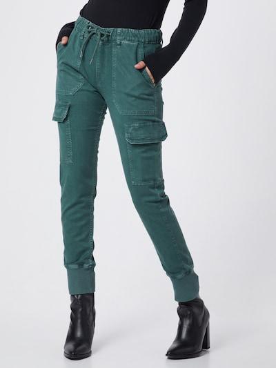 Pepe Jeans Spodnie 'Crusade' w kolorze zielonym, Podgląd na modelu(-ce)
