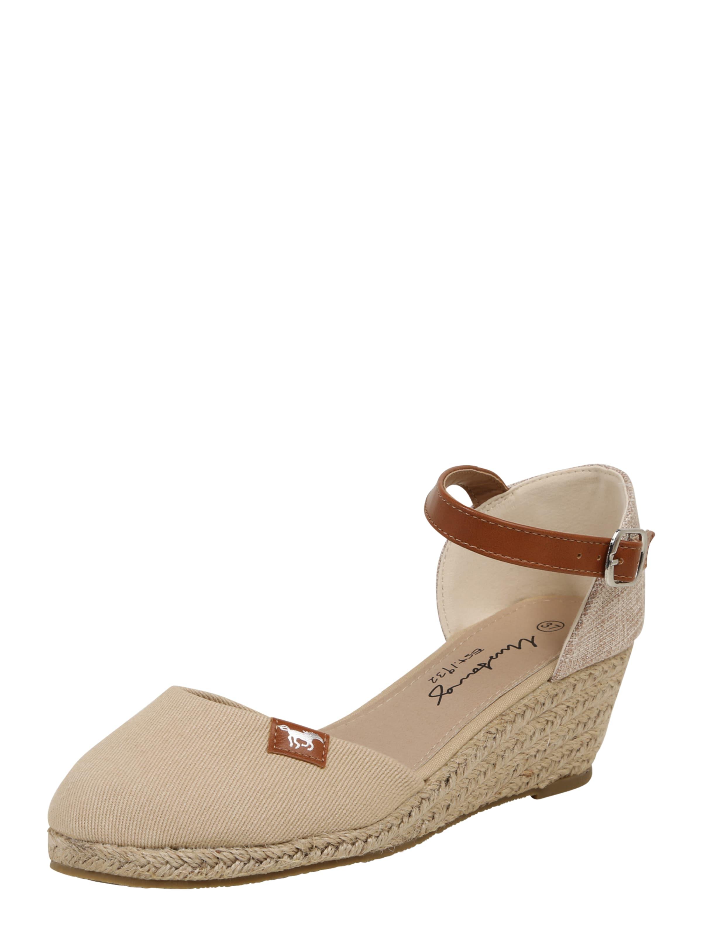 MUSTANG Keilsandalette Günstige und langlebige Schuhe