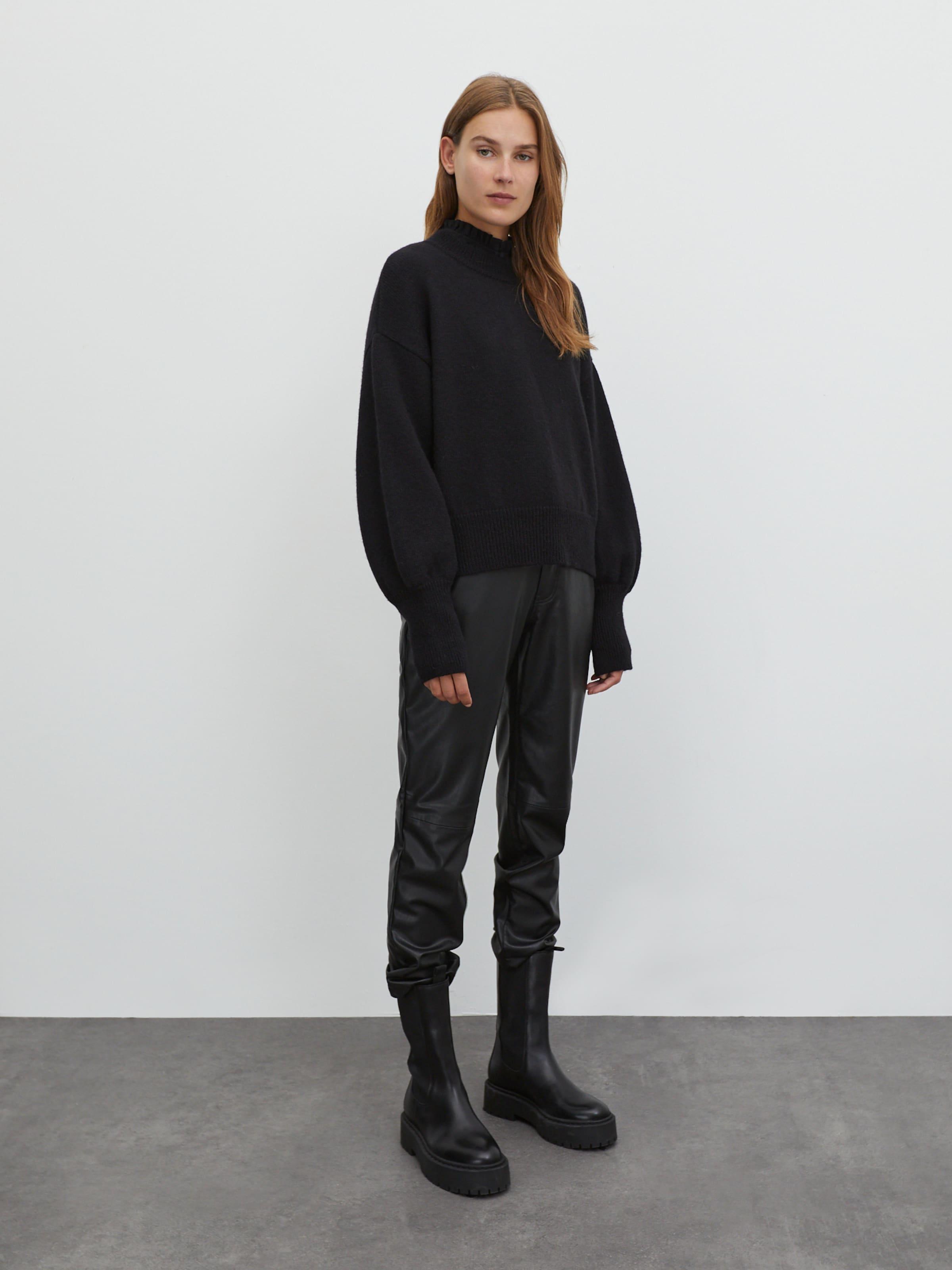 EDITED Tröja 'Noelle' i svart