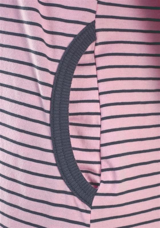 H.I.S Süßes Nachthemd, in Ringeloptik mit langen Ärmeln