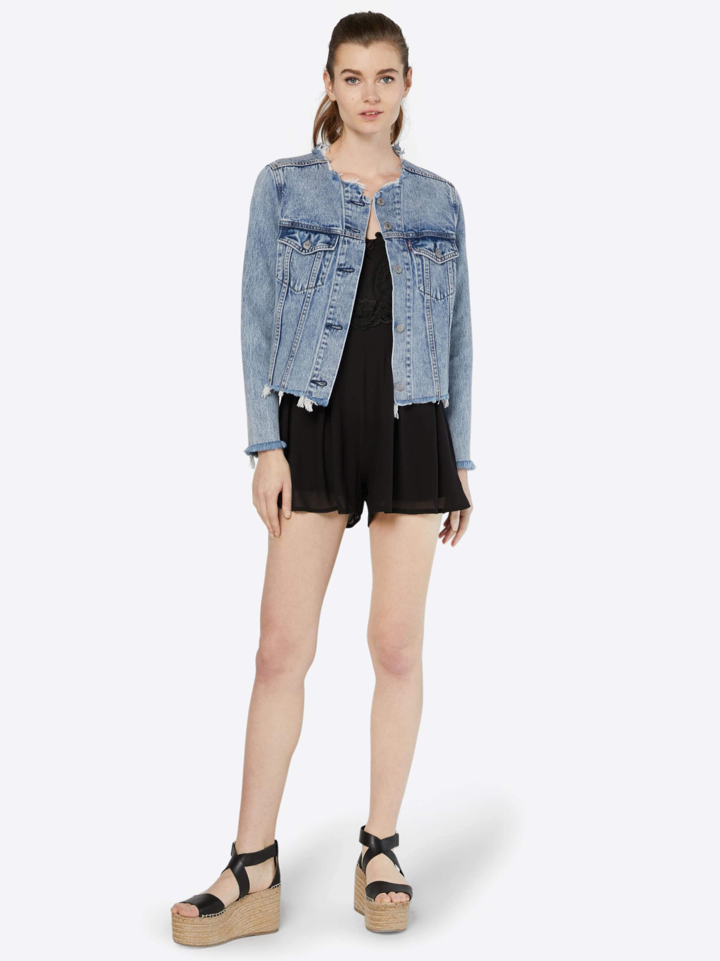 Verkauf Für Billig Boohoo Jumpsuit 'Boutique Zoe Crochet' Billig Und Schön Vorbestellung Für Verkauf Billige Sneakernews Outlet Neuesten Kollektionen G0NCY