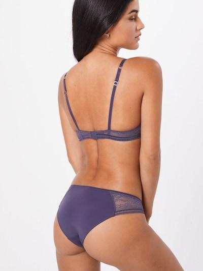 Skiny Slip en violet: Vue de dos