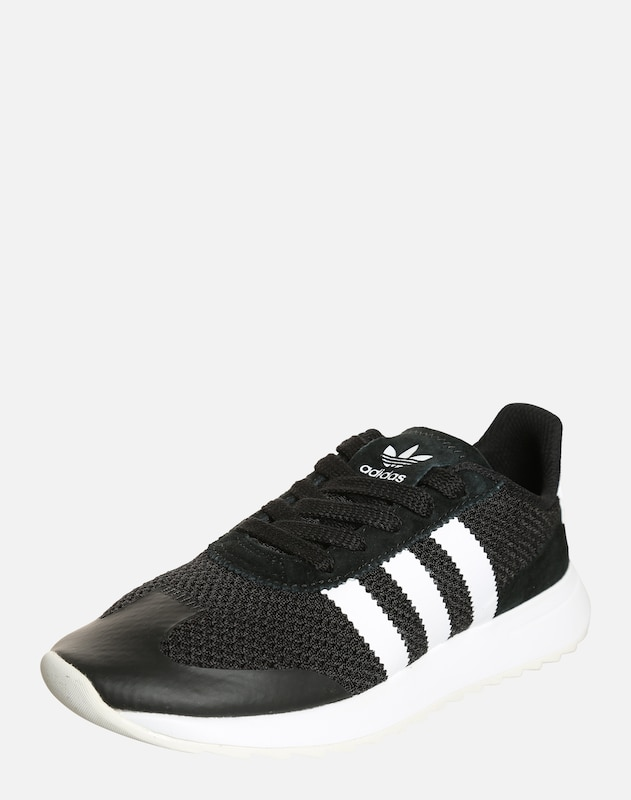 33a3b925aa5 ADIDAS ORIGINALS Sneakers laag 'Flashback' in Zwart / Wit | ABOUT YOU