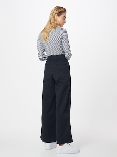 GAP Kalhoty se sklady v pase - černá: Pohled zezadu