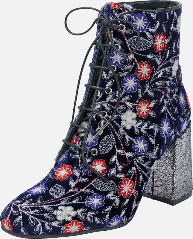 Heine Ankle Boot With Embroidery