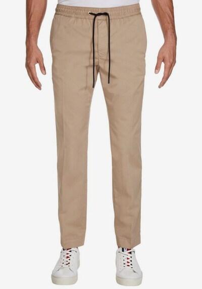 TOMMY HILFIGER TOMMY HILFIGER Stoffhose »ACTIVE PANT SUMMER TWILL FLEX« in beige, Modelansicht
