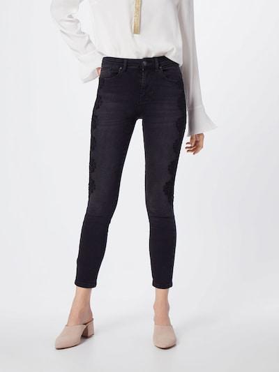 ONLY Jeans 'onlCORIN MID SK ANK LACE JEANS REA2265' in black denim, Modelansicht