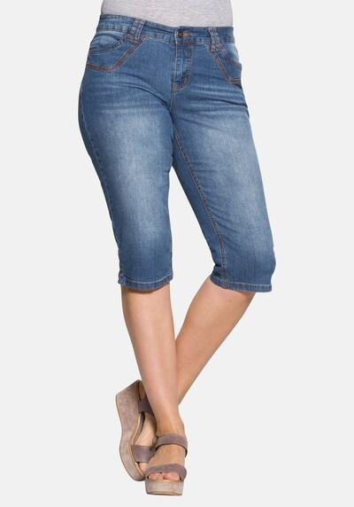 SHEEGO Jeans in de kleur Blauw denim, Modelweergave