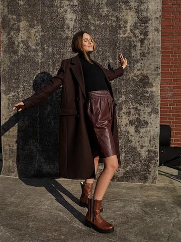 Trendy Chelsea Boot Look by Rieker