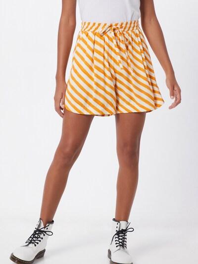 NÜMPH Shorts 'NUBRENDA' in orange / weiß, Modelansicht