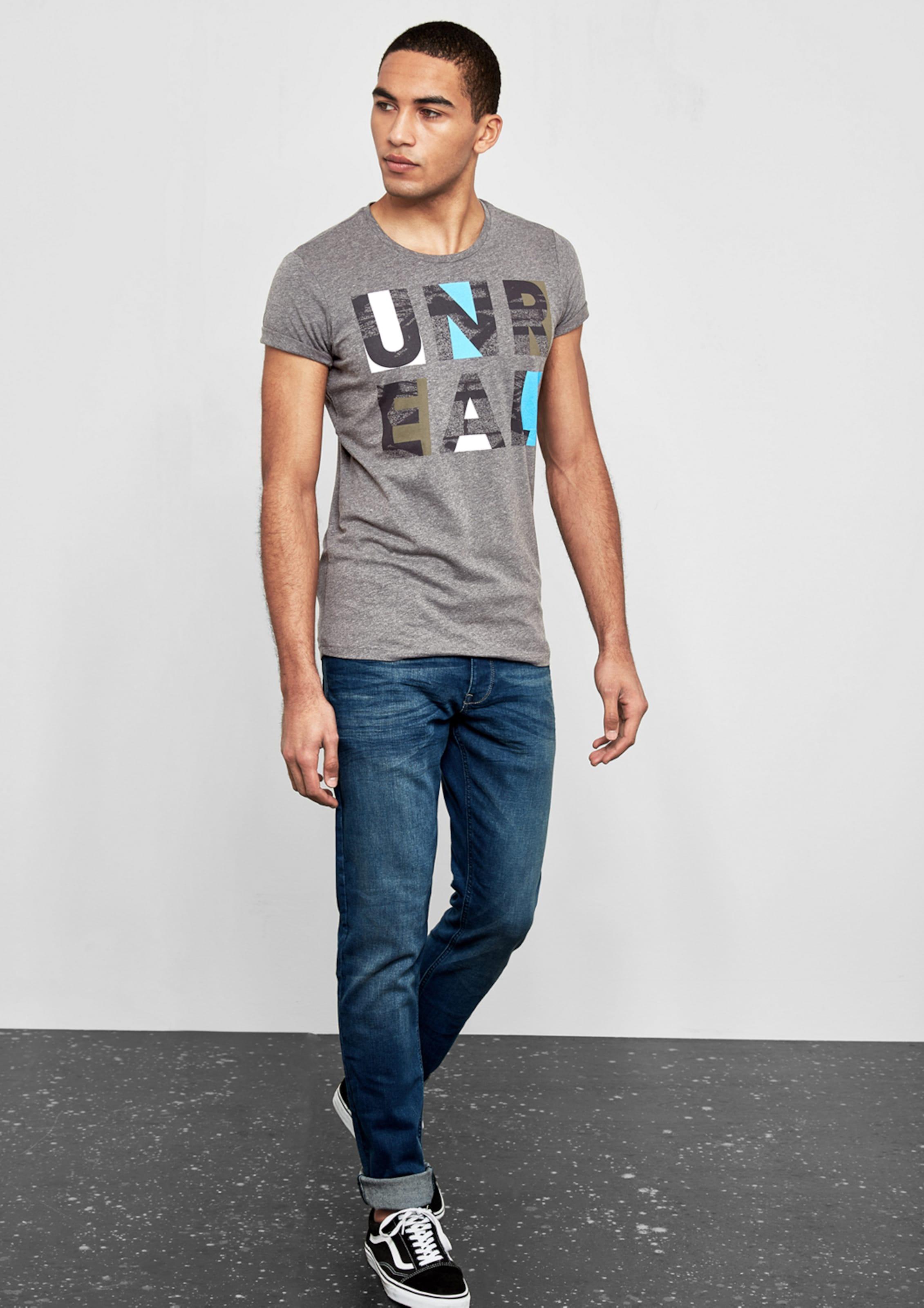 Q/S designed by Jerseyshirt mit Letter-Print Freiraum Für Schön 2018 Unisex Günstiger Preis Lieferung Frei Haus Mit Kreditkarte Auslasszwischenraum Store g3ivP