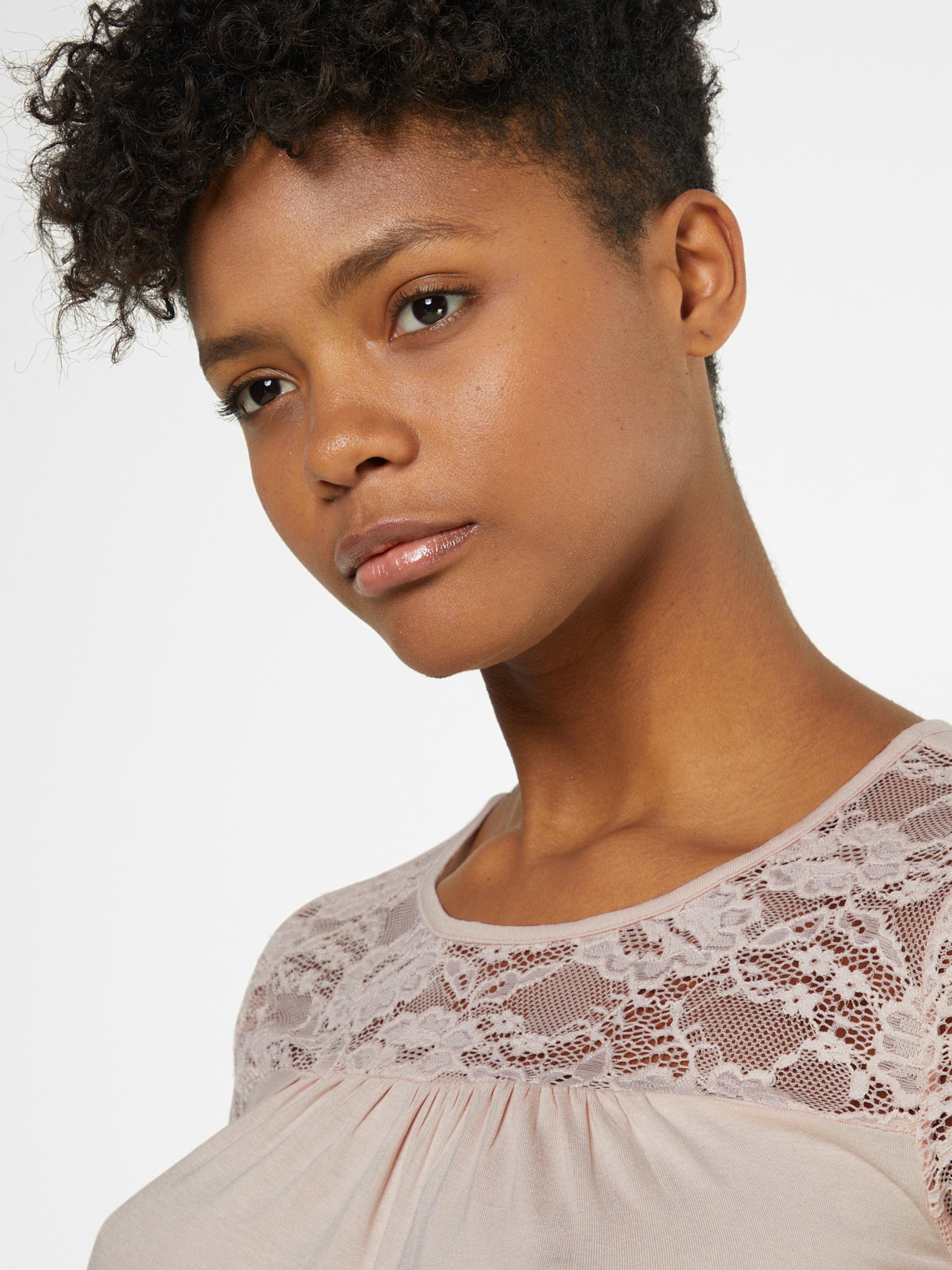 Kaffe Shirts 'Siri Lacy Blouse' Auslass-Angebote Footlocker Finish Finden Große Online sEc1GJ16LL