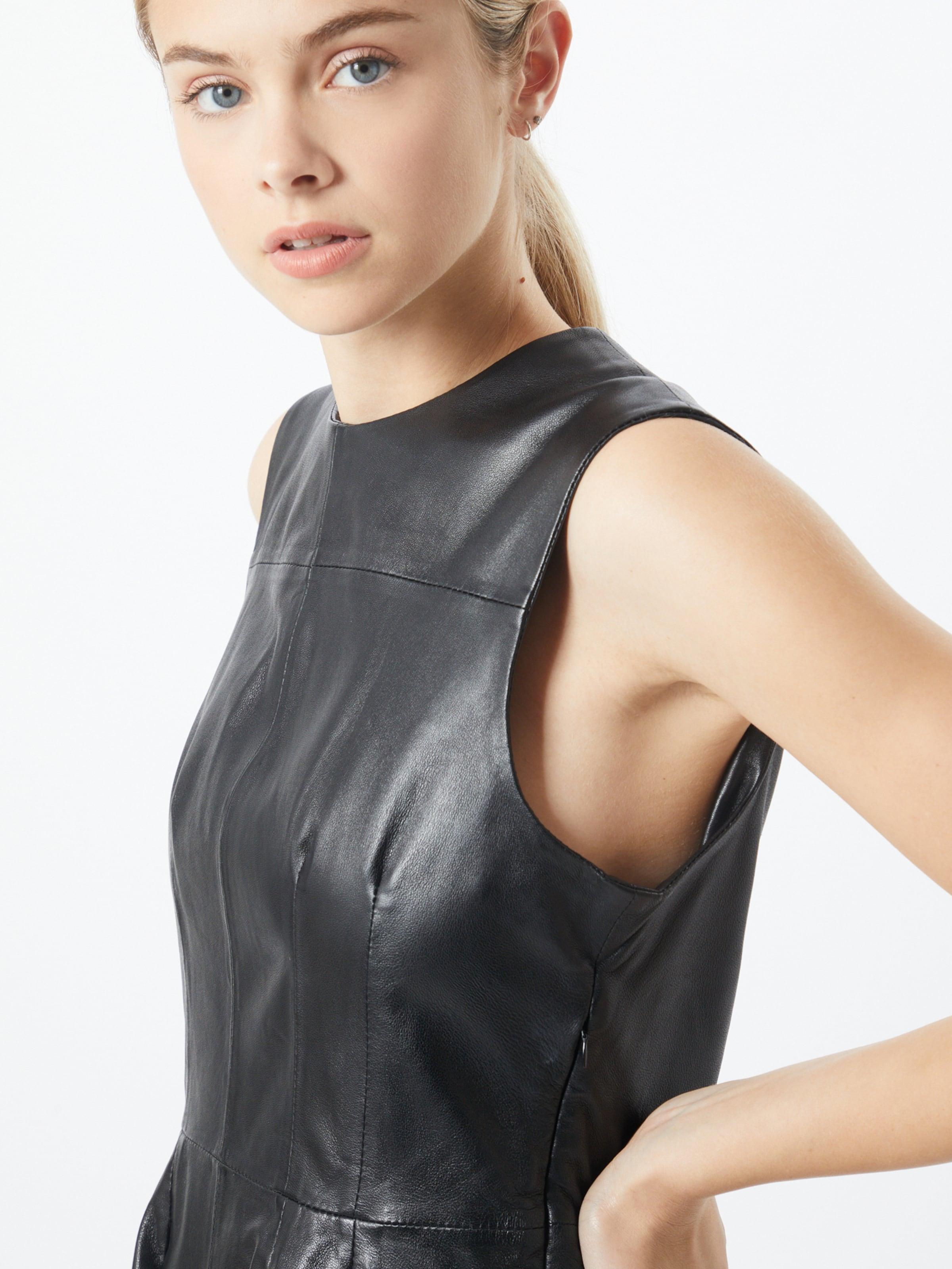 Ibana Klänning 'Lilian' i svart