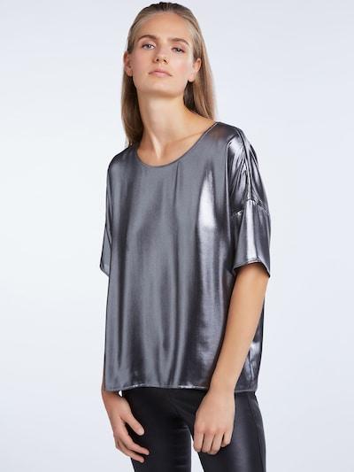 SET Blusenshirt in schwarz / silber, Modelansicht