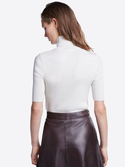 SET Džemperis pieejami balts: Aizmugures skats