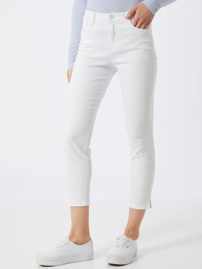 BRAX Jeans 'SHAKIRA' in white denim, Modelansicht