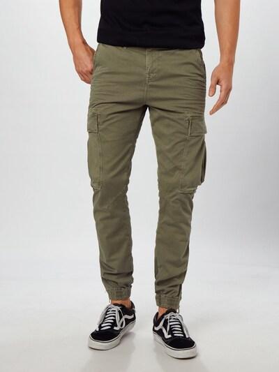 True Religion Klapptaskutega püksid oliiv, Modellivaade