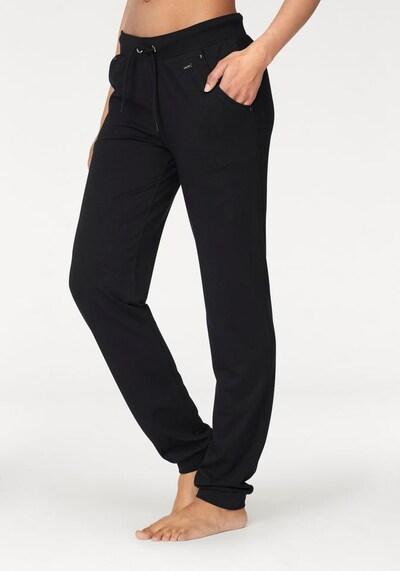 LASCANA Relaxhose in schwarz, Modelansicht