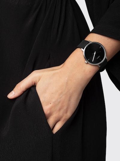 Analoginis (įprastinio dizaino) laikrodis 'Inez' iš Pilgrim , spalva - juoda / Sidabras: Vaizdas iš priekio
