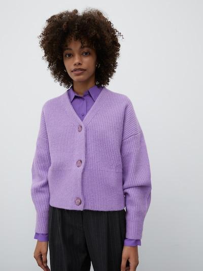 EDITED Kardigan 'Susan' w kolorze fioletowym, Podgląd na modelu(-ce)
