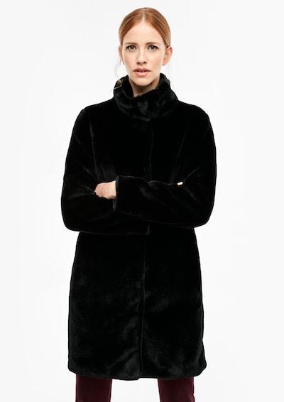 s.Oliver Mantel in schwarz, Modelansicht