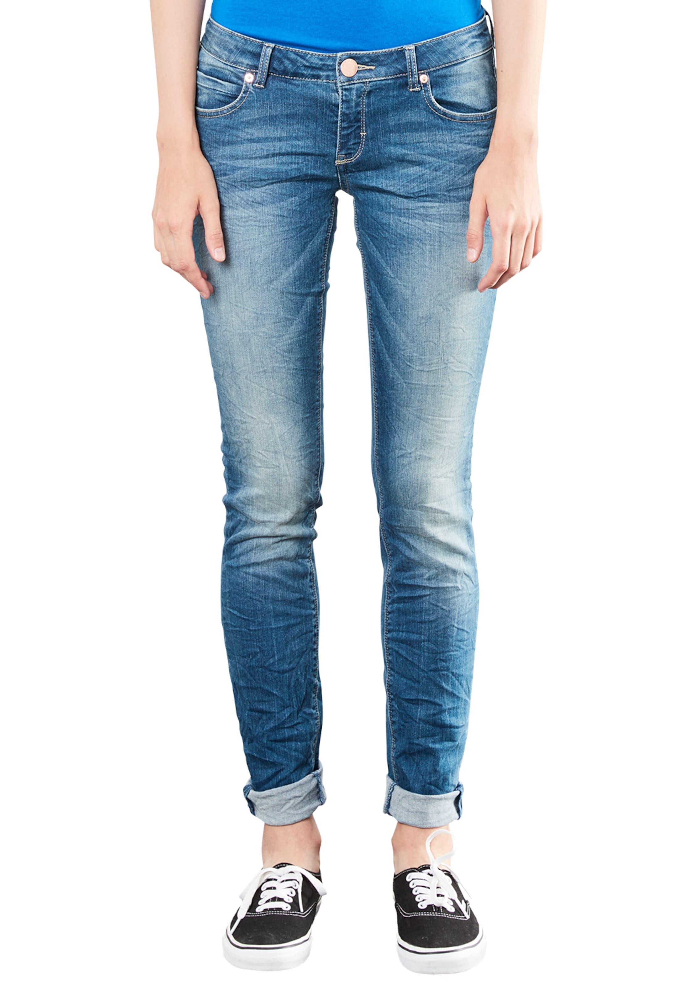 Q/S designed by Jola Superskinny: Push-up Jeans Verkauf Viele Arten Von Auslass Manchester  Wie Viel tbFjBHz27B