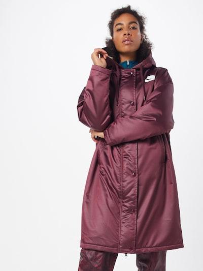 Nike Sportswear Zimski plašč 'W NSW NSP SYN FILL PARKA' | rdeča barva, Prikaz modela