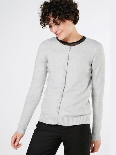 VILA Strickjacke 'Viril' in grau, Modelansicht