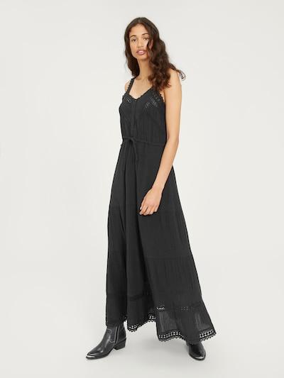 Vasarinė suknelė 'Blanka' iš EDITED , spalva - juoda, Modelio vaizdas