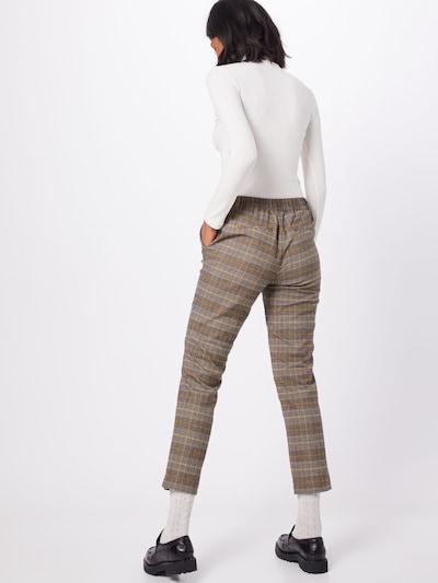 Kelnės iš s.Oliver , spalva - kario spalva: Vaizdas iš galinės pusės
