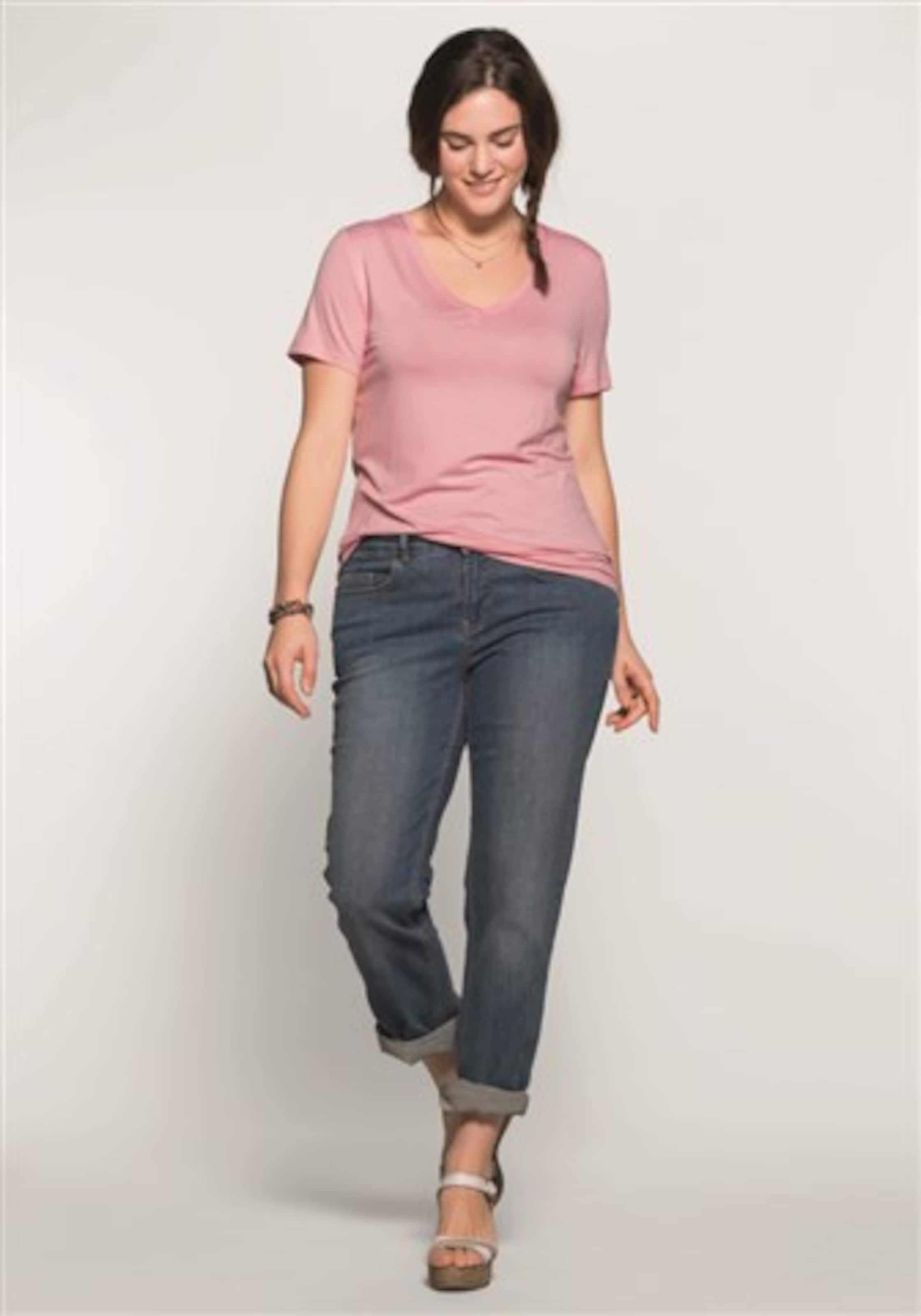 sheego casual BASIC T-Shirt mit V-Ausschnitt Niedrige Versandgebühr Verkauf Online Neue Stile Günstiger Preis Günstig Kaufen Niedrigen Preis Versandkosten Für 5DiBBDf