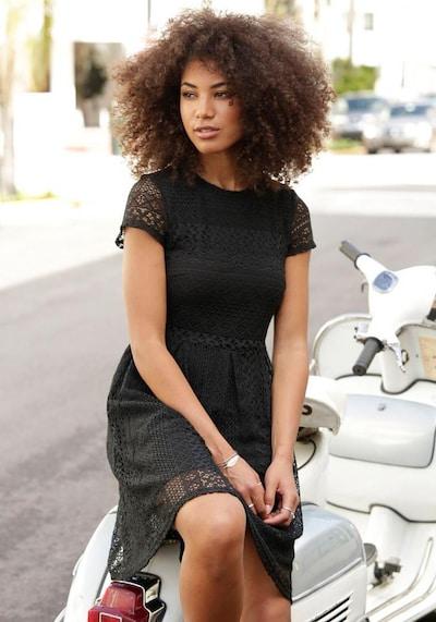 LASCANA LASCANA Spitzenkleid in schwarz, Modelansicht