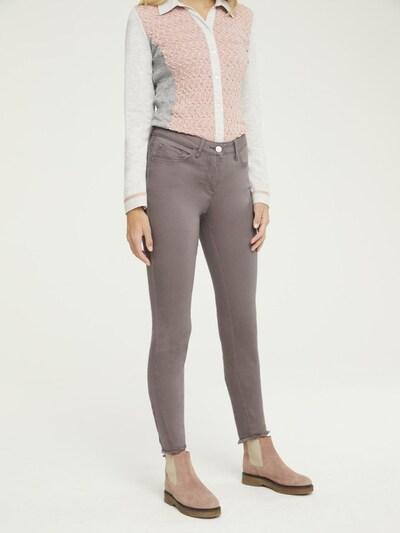 heine Jeans 'Aleria' in taupe, Modelansicht