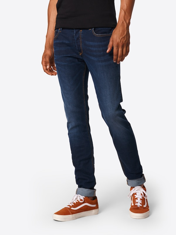 DIESEL 'Sleenker' Jeans Skinny Fit 886Z in blue denim, Modelansicht