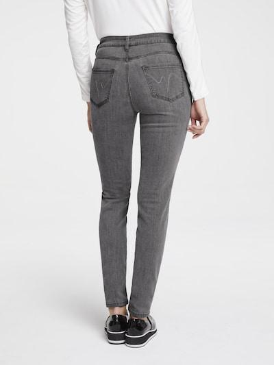 heine Jeans in grau, Modelansicht
