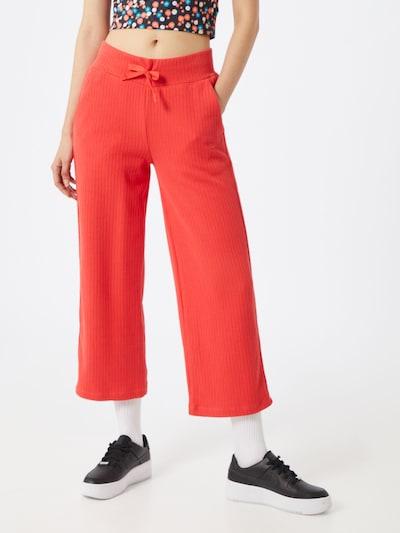Nike Sportswear Bikses pieejami sarkans, Modeļa skats