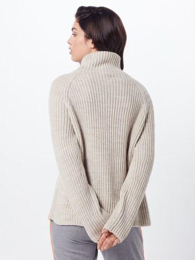 Megztinis 'ARWEN' iš DRYKORN , spalva - kremo: Vaizdas iš galinės pusės